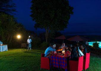 Poolside_Dinner